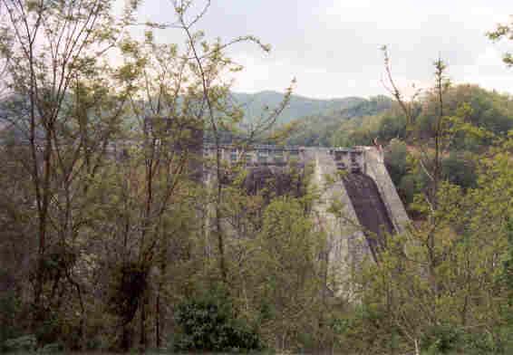 Lake Santeetlah Dam Santeetlah Dam Was Difficult
